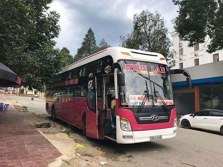 Nhà xe Hiền Lan chạy tuyến Thanh Hóa - Giáp Bát